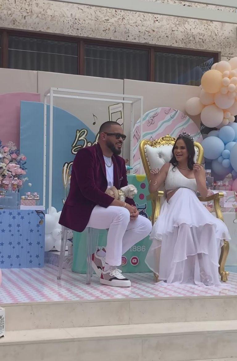 Niña o niño? Natti Natasha revela el sexo de su bebé en un baby shower  virtual | Puro Show